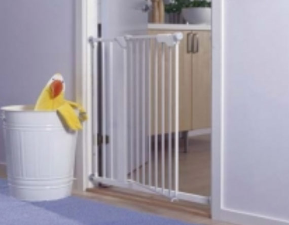 Product Hazards Baby Gates And Enclosures Kids In Danger